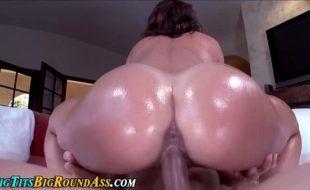 Sexo filme top em HD com rabuda toda deliciosa trepando
