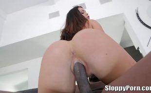 Videos porno em HD morena cuzuda dando pra negão