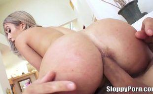 Vipluxuria anal HD com loira do cuzão lindo e gostoso
