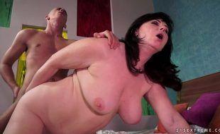 Pornozinho tube filho comendo mãe safada carente de pica