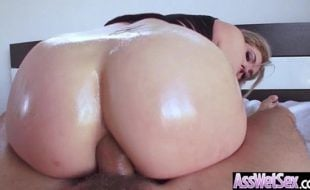 Videos porno anal com loira cavala dando o cuzão