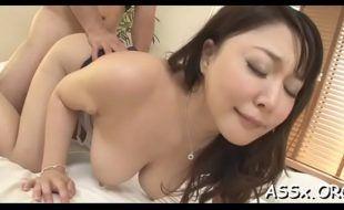 Mas porno com japonesa tesuda dando o bumbum