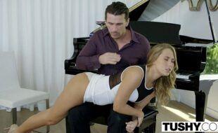 Beeg porno gratis professor comendo a sua aluna de piano