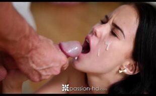 Filme do pornô branquinha dando a sua xoxota