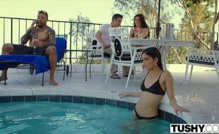Sexo grupal video com as putas transando gostoso