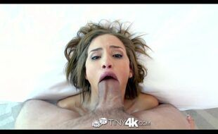 Videos de pornor gratis tesuda mamando e dando gostoso