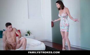 Fazendo sexo romântico com o namorado safado
