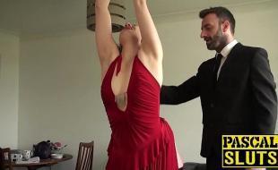 Porno safada gostosa ganhando paulada na xoxota