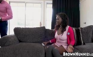Sexo total negra tesuda fodendo gostoso