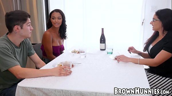 Video porno sex hot morena gostosa fodendo como nunca