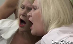 Baixar video porno xxx velha safada dando empinada para o macho
