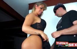 Filme pornô e sexo loira cavala curtindo o anal